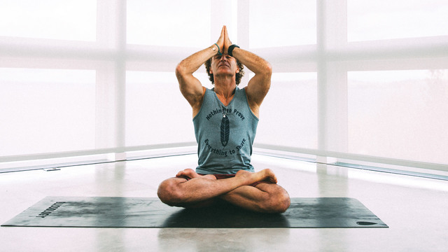 """Eoin Finn's """"Quiet Mind"""" Online Video Workouts on Alo Moves"""