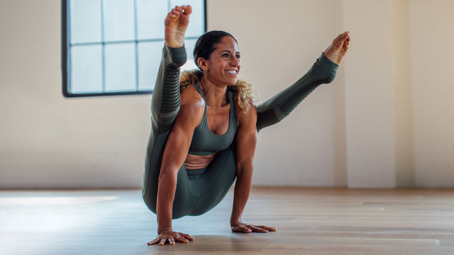 "Claudine Lafond's ""Float Like a Firefly"" Online Video Workouts on Alo Moves"