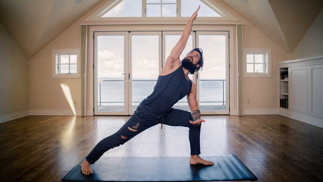 """Patrick Beach's """"Hold Steady"""" Online Video Workouts on Alo Moves"""