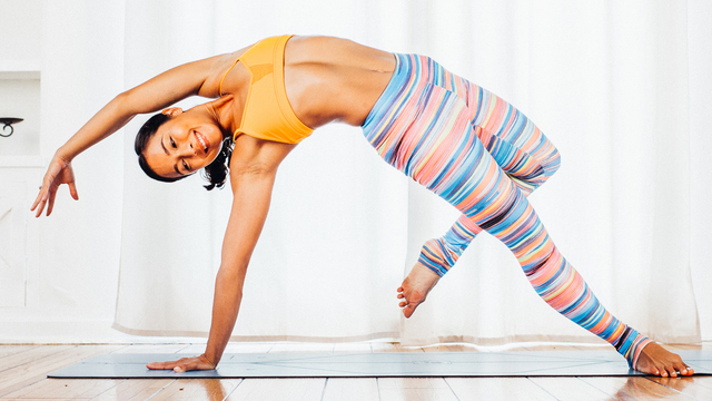 "Briohny Smyth's ""Vinyasa FitFlow"" Online Video Workouts on Alo Moves"