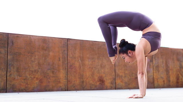 "Melini Jesudason's ""Posture Clinic: Scorpion Pose"" Online Video Workouts on Alo Moves"