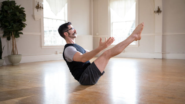 "Daniel Scott's ""Yoga Basics"" Online Video Workouts on Alo Moves"