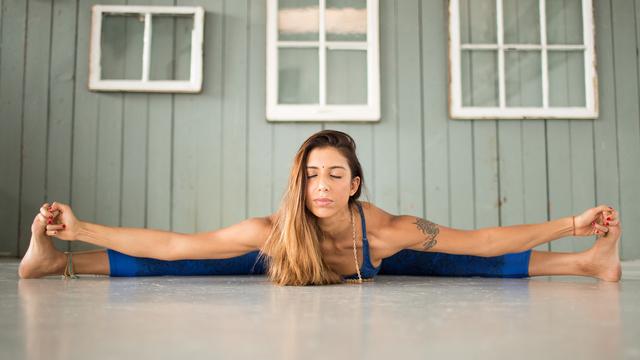 "Deepika Mehta's ""Beginner Ashtanga"" Online Video Workouts on Alo Moves"