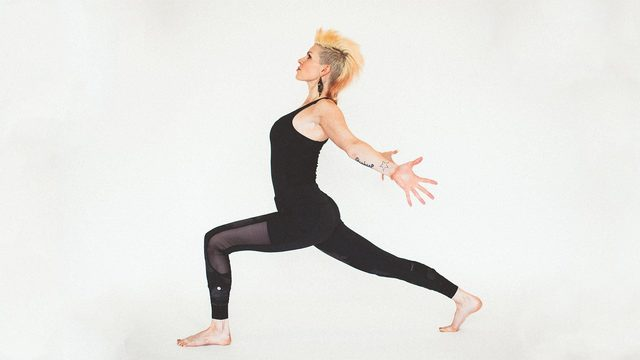"Sadie Nardini's ""Ultimate Yoga Shred for Weightloss"" Online Video Workouts on Alo Moves"