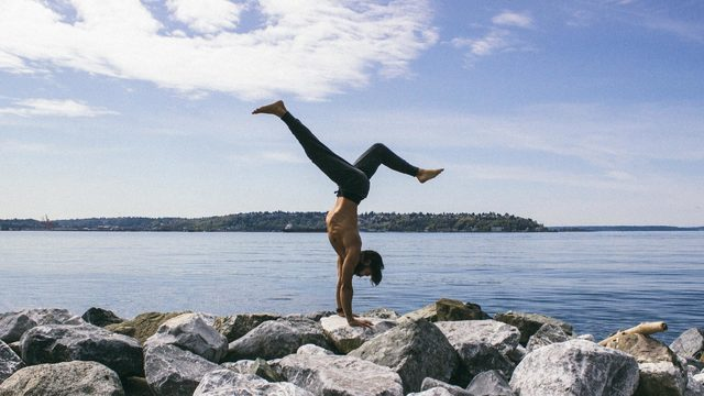 "Patrick Beach's ""Advanced Inversions & Transitions"" Online Video Workouts on Cody"