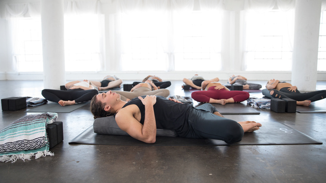 "Jonah Kest's ""Yin Yoga Experience"" Online Video Workouts on Alo Moves"