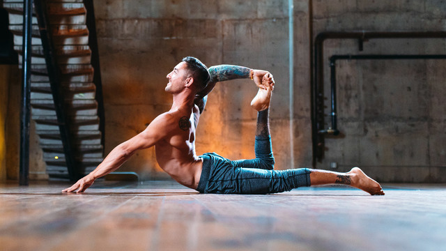 "Dylan Werner's ""Plasticity: Fascial Stretching"" Online Video Workouts on Alo Moves"
