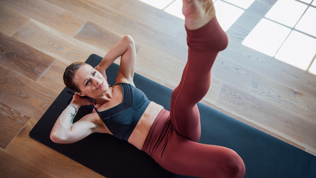 "Adrienne Kimberley's ""Core Connection"" Online Video Workouts on Alo Moves"