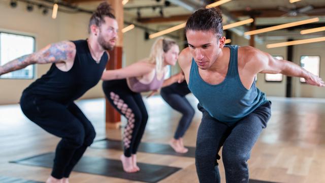 "Jonah Kest's ""Vinyasa Burn"" Online Video Workouts on Alo Moves"