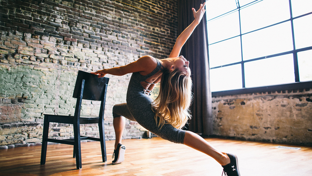 "Jacquelyn Umof's ""Barre Tone"" Online Video Workouts on Alo Moves"