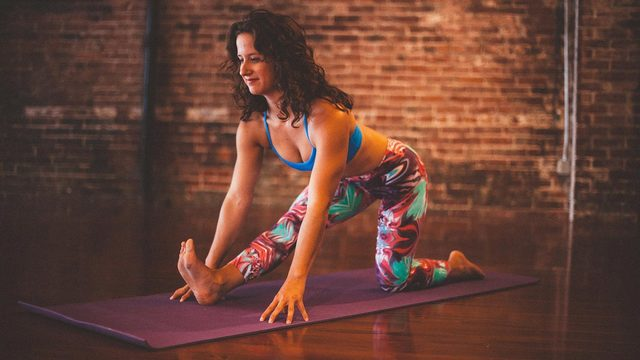 """MacKenzie Miller's """"Hip / Hamstring Flexibility"""" Online Video Workouts on Alo Moves"""