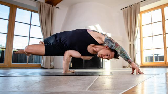 "Dylan Werner's ""Arm Balance Builder 2"" Online Video Workouts on Alo Moves"